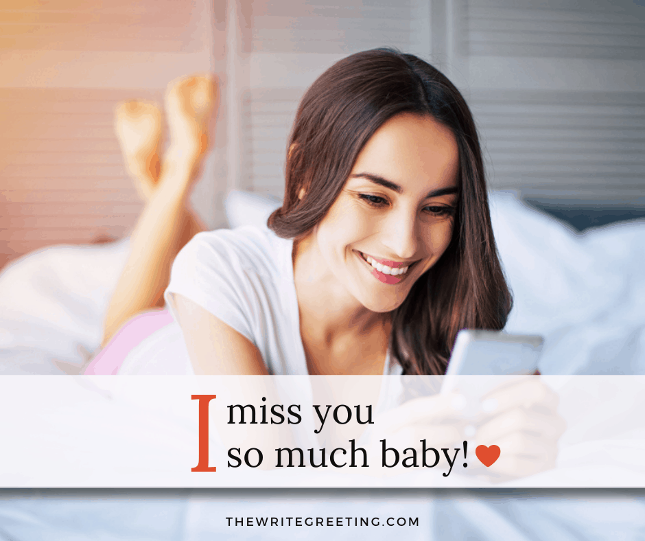 Pretty woman smiling at text on phone